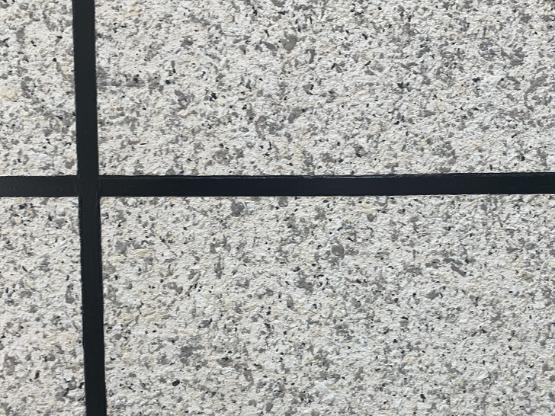 水包砂仿石漆上墙泛白,怎么做才能及时补救