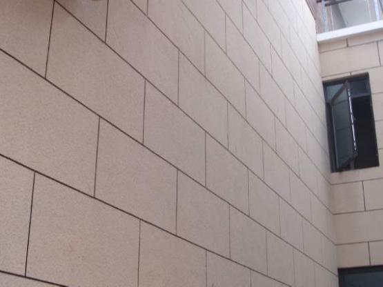 外墙喷真石漆后还需要做防水吗?
