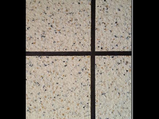 采用劣质真石漆会常出现什么问题