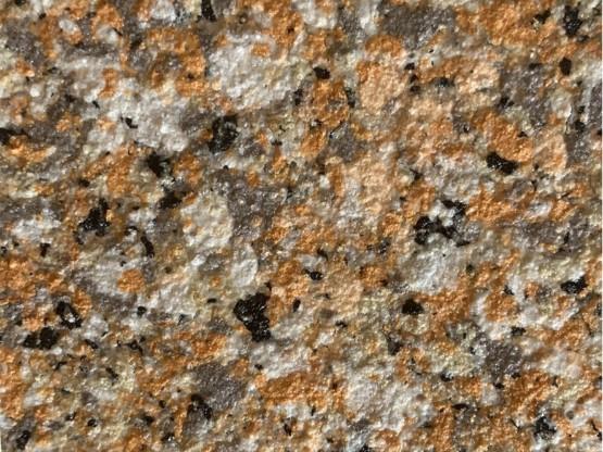 真石漆上面喷水包水就是水包砂吗?